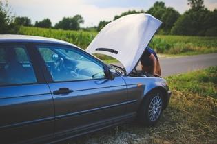 Kako se znajdemo v neugodnih, nepredvidenih situacijah na cesti?