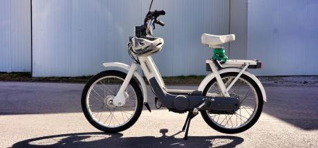 Od maja na cesto le z registriranim mopedom
