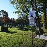 Brodolom Titanika. Večina žrtev je poslednje počivališče dobila na pokopališču v Halifaxu - glavnem mestu province Nova Škotska, ker je bilo to najbližja točka celine od mesta tragedije.