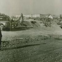 Začetek gradnje speedwayskega stadiona v Zgornji Šiški (Tomažič - iz zbornika ob petdeseti obletnici speedwaya v Ljubljani)