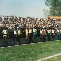 Blizu 10.000 gledalcev je 29. septembra prišlo na poslovilno tekmo Francija Žagarja (Žagar - iz zbornika ob petdeseti obletnici speedwaya v Ljubljani)