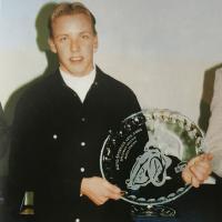 Na vsakoletnem srečanju najboljših avto-moto športnikov pod okriljem AMZS je Matej Ferjan prejel kristalni krožnik (Tomažič - iz zbornika ob petdeseti obletnici speedwaya v Ljubljani)