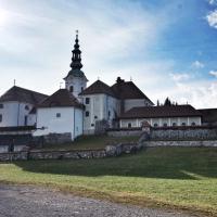 Braslovče so bile prafara oziroma pražupnija in tu naj bi bilo eno od središč pokristjanjevanja Slovencev.