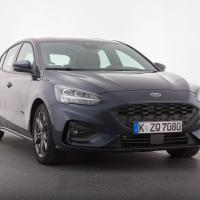 """Ford focus ecoblue ST line. Cena avtomobila: 25.450 evrov, paket asistenčnih sis- temov """"Parkirni paket"""" stane 430 evrov."""