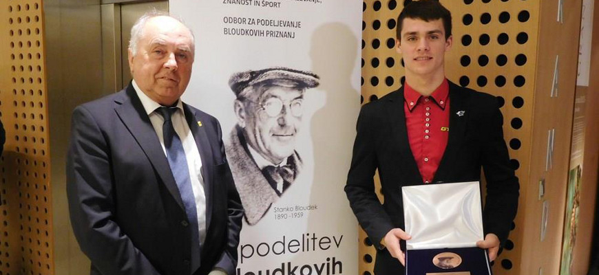 Anton Breznik, predsednik Avto-moto zveze Slovenije, in Tim Gajser, motokrosist, na podelitvi Bloudkovih nagrad.