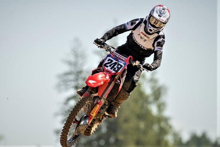 Tim Gajser bo med favoriti na treh dirkah v Faenzi.