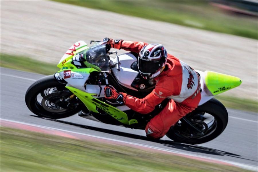 Logar je na prvi dirki prijetno presenetil v kategoriji supersport 600.