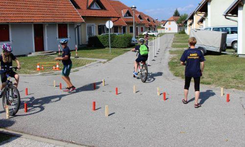 Mladi kolesarji se odpravljajo na tekmovanje ETEC