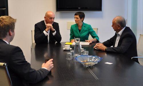 Sprejem predsednika AMZS in generalnega sekretarja AMZS pri ministrici