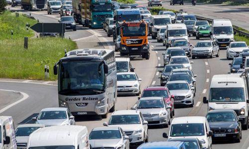 Povečan promet v času velikonočnih praznikov