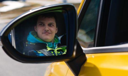 Znani polfinalisti izbora AMZS za najboljšega mladega voznika ali voznico v Sloveniji!