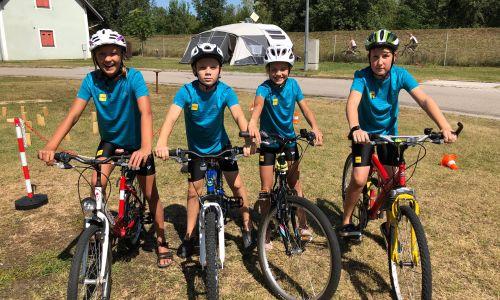 Mladi kolesarji se pripravljajo na Budimpešto