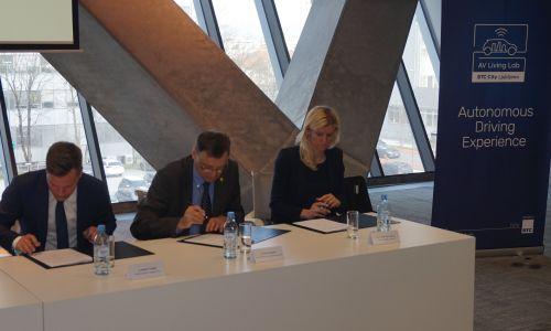 AMZS bo sodeloval pri razvijanju rešitev za samovozeča vozila