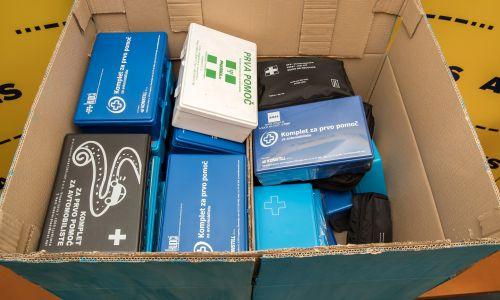 AMZS zbira stare komplete prve pomoči po vsej Sloveniji