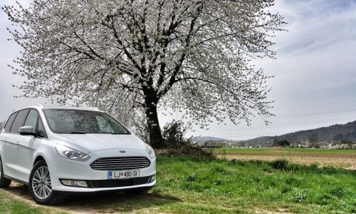 Test: ford galaxy 2.0 TDCI (180) powershift titanium
