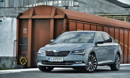 Test: škoda superb 2.0 TDI DSG laurin & klement
