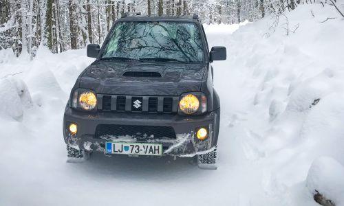 Suzuki jimny: Na gozdnih cestah