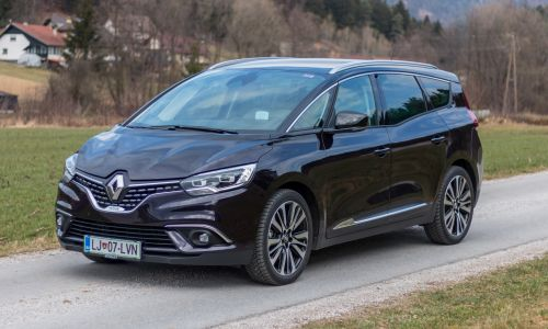 Kratek test: Renault grand scenic energy TCE 160 initiale paris