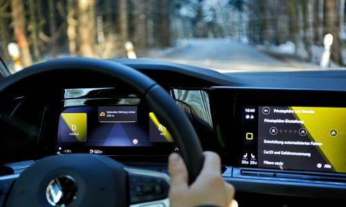 Učinkovito varnostno opozorilo: komunikacija car2x