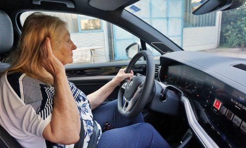 Gluhi in naglušni so varni vozniki