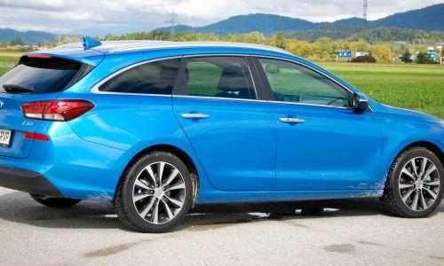 Kratek test: Hyundai i30 wagon 1.6 CRDi HP DCT impression