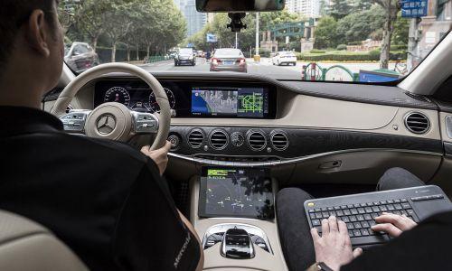 Samovozeči avtomobili: Pogum ni dovolj