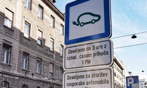 Nova prometna signalizacija: Od hitrosti do elektrike