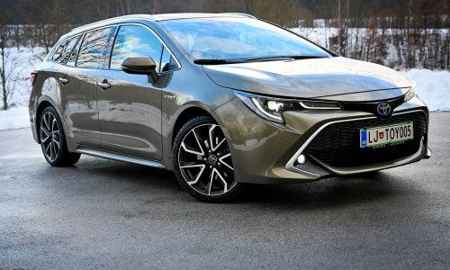 Kratek test: Toyota corolla TS 2.0 HSD e-CVT executive skyview