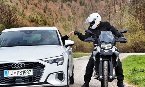 Sožitje med motoristi in avtomobilisti