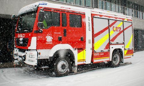 Izkušnja zahtevne intervencijske vožnje gasilskega tovornjaka po digitalnih cestah