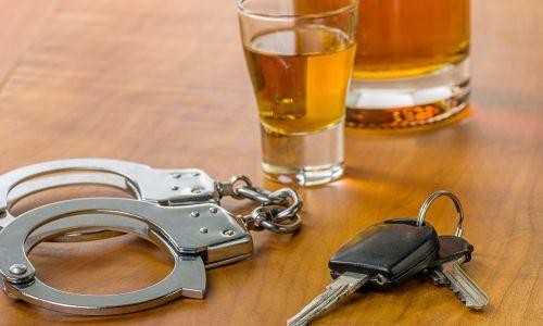 Pravni nasveti: Ponudbe za reševanje vozniškega dovoljenja