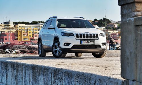 Kratek test: Jeep cherokee 2.2 aut. AWD limited