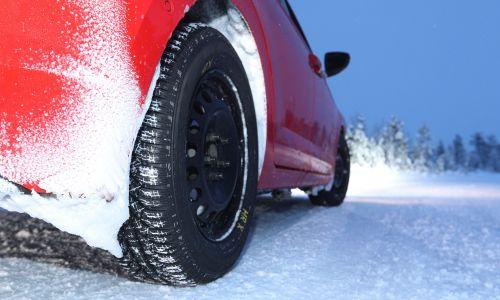Kaj morate vedeti o zimski opremi in zimskih pnevmatikah