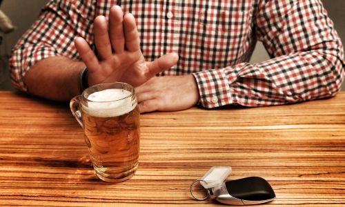 Zaradi alkohola na leto več kot 1500 prometnih nesreč na slovenskih cestah