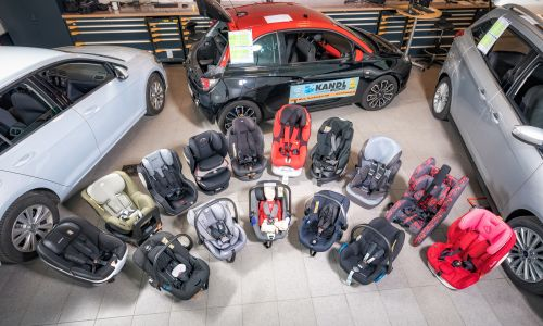 AMZS test 24 otroških varnostnih sedežev