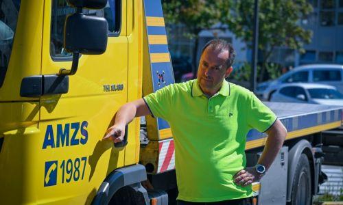 #Srečanja: Avtomobili morajo znati slovensko!
