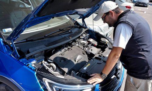 Kaj sploh lahko voznik sam še preveri ali zamenja v novejšem avtu?