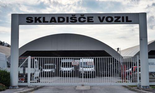 Slovenski avtomobilski trg v prvih sedmih mesecih letošnjega leta