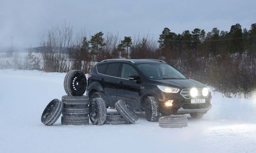 AMZS test sedmih celoletnih pnevmatik dimenzije 235/55 R 17