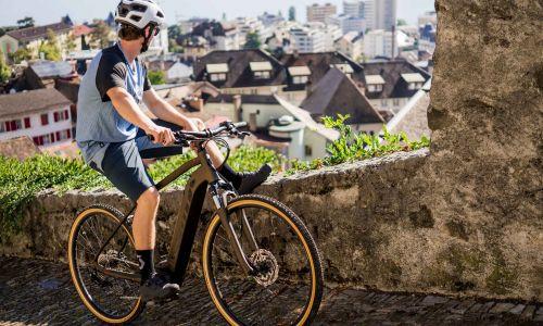 Na pedalih: Električni fenomen