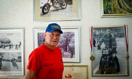 #Srečanja: Motorist z zlato plaketo AMZS