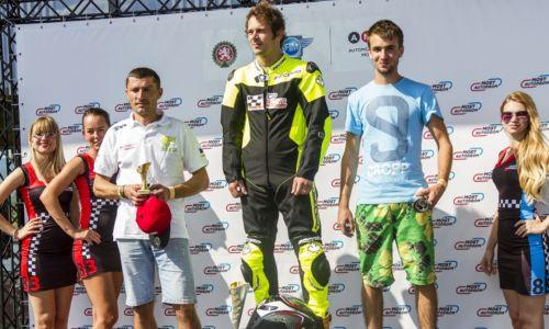 Jan Poropat suveren na prvih treh dirkah EP