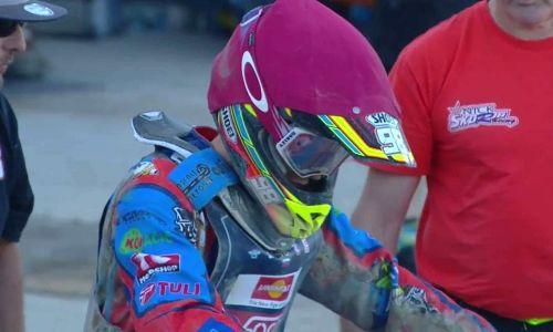 Nick Škorja v prvi finalni dirki štirinajsti