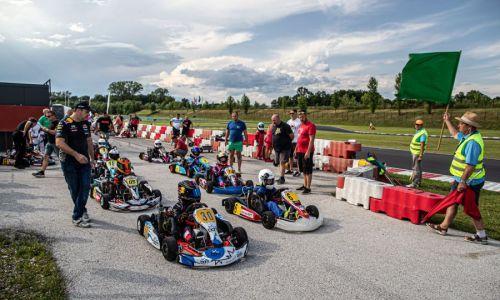 Uvodna dirka državnega prvenstva v kartingu prestavljena iz Jesola v Bruck