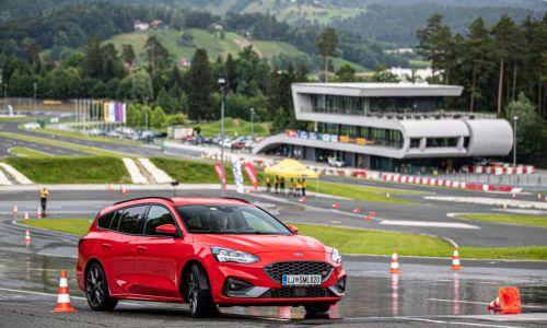 Izbiramo najboljšo mlado voznico in voznika Slovenije 2021
